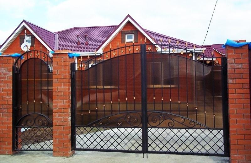 Ворота «№8» с поликарбонатом